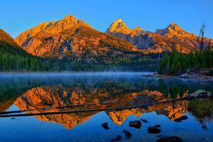 Taggart-Lake-Dawn.jpg
